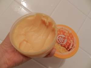 Honeymania Body Scrub by the Body Shop