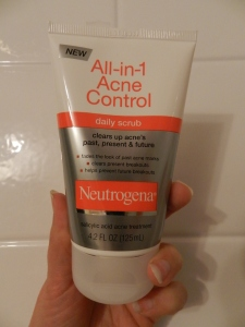 Neutrogena All in One Acne Control Scrub